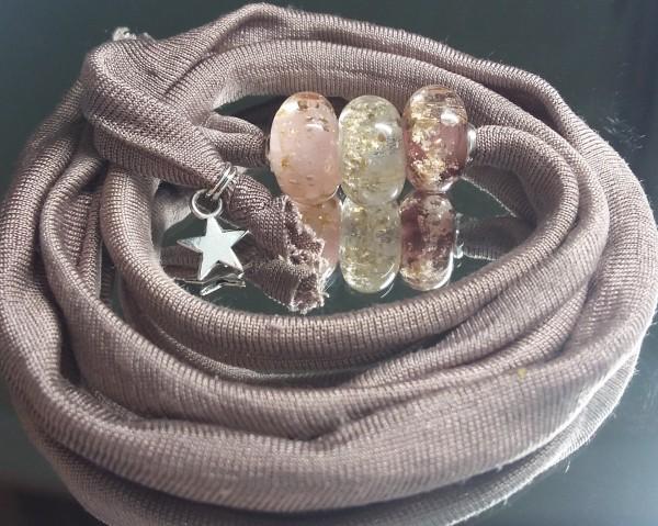 Wickelarmband mit drei Glas-Ascheperlen