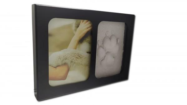Holzbilderrahmen, schwarz mit Gipsabdruck
